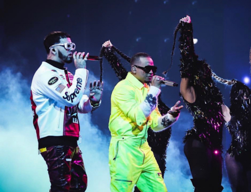 """Los Dioses"" Ozuna + Anuel Electrifying Performance at Premio Lo Nuestro 2021"